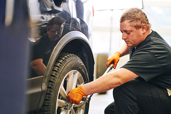 Installation de pneus S-Nicolas